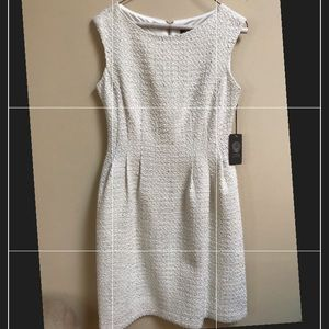 NWT • Vince Camuto Dress • Size 4 •